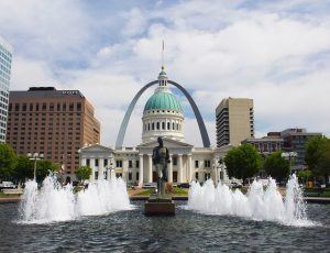 Spirit of Saint Louis, Gateway Arch, located on the banks of the Mississippi River in Missouri.